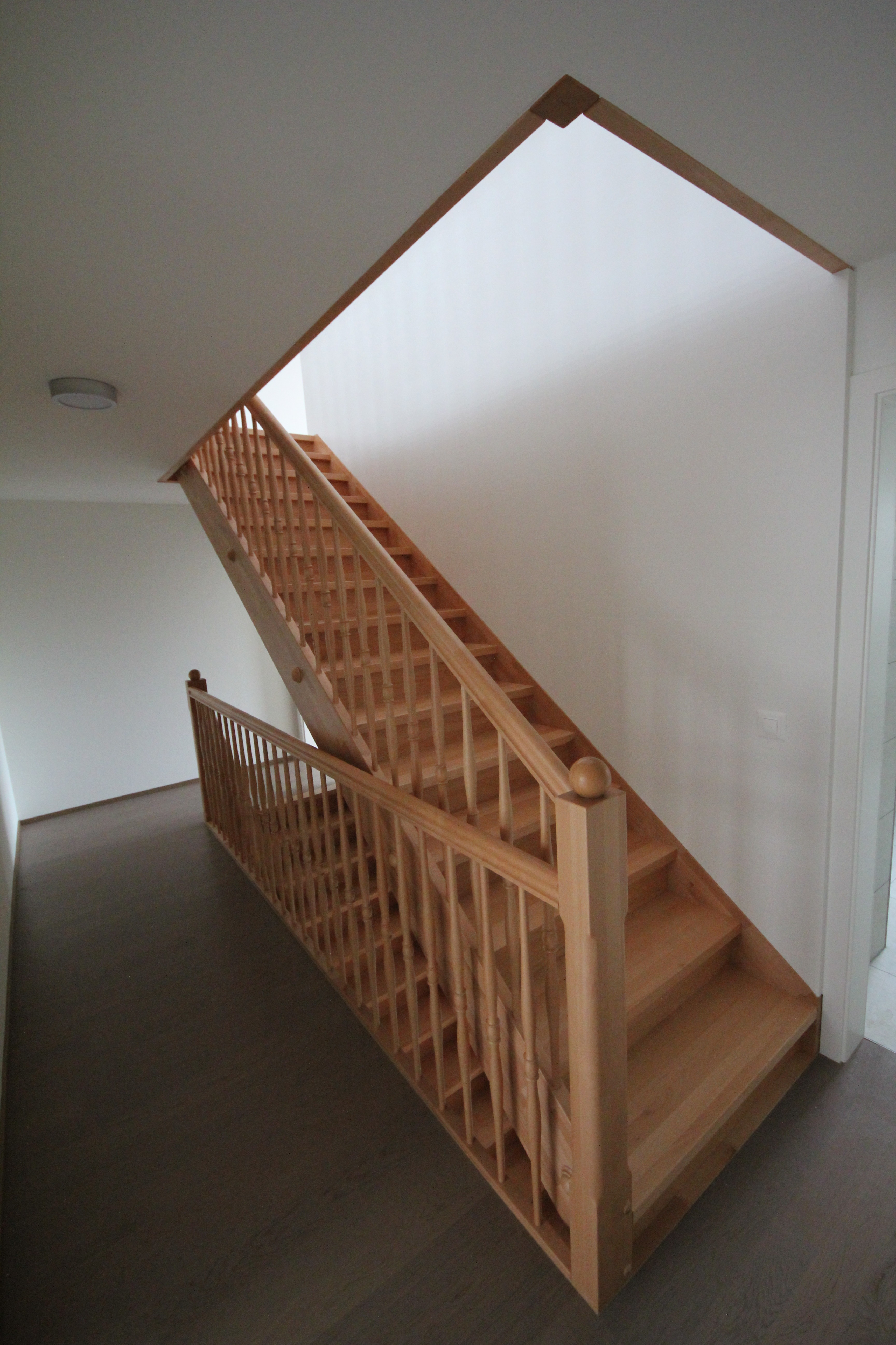Ihre Holztreppe Nach Mass Pm Mangold Holzbau