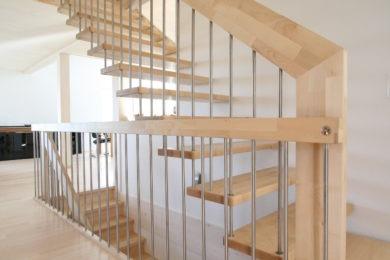 Gerade-Treppen-085
