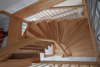 Holzwendeltreppe - Holzbau - Holzhaus - Holzsystembau - PM Mangold
