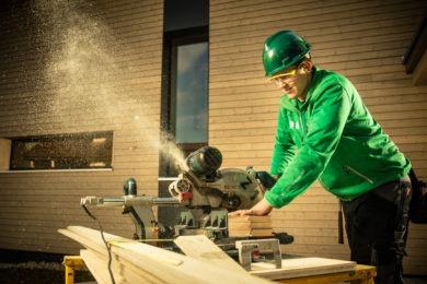 Holz in Bearbeitung - Holzbau - Holzhaus - Holzsystembau - PM Mangold
