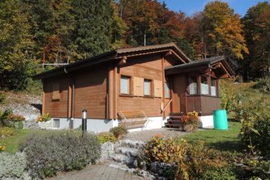 Holzhaus in der Natur - Holzbau - Holzhaus - Holzsystembau - PM Mangold