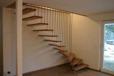 Schreinerei-Freitragende-Treppen-02-Rothenfluh-001