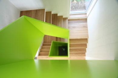 eckige Modultreppe aus Holz - Holzbau - Holzhaus - Holzsystembau - PM Mangold