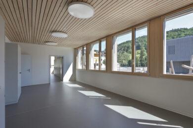 Schulhaus_Ormalingen_PM_Mangold_Holzbau_Holzsystembau_Schule_Kindergarten_Schweizer_Holz_012