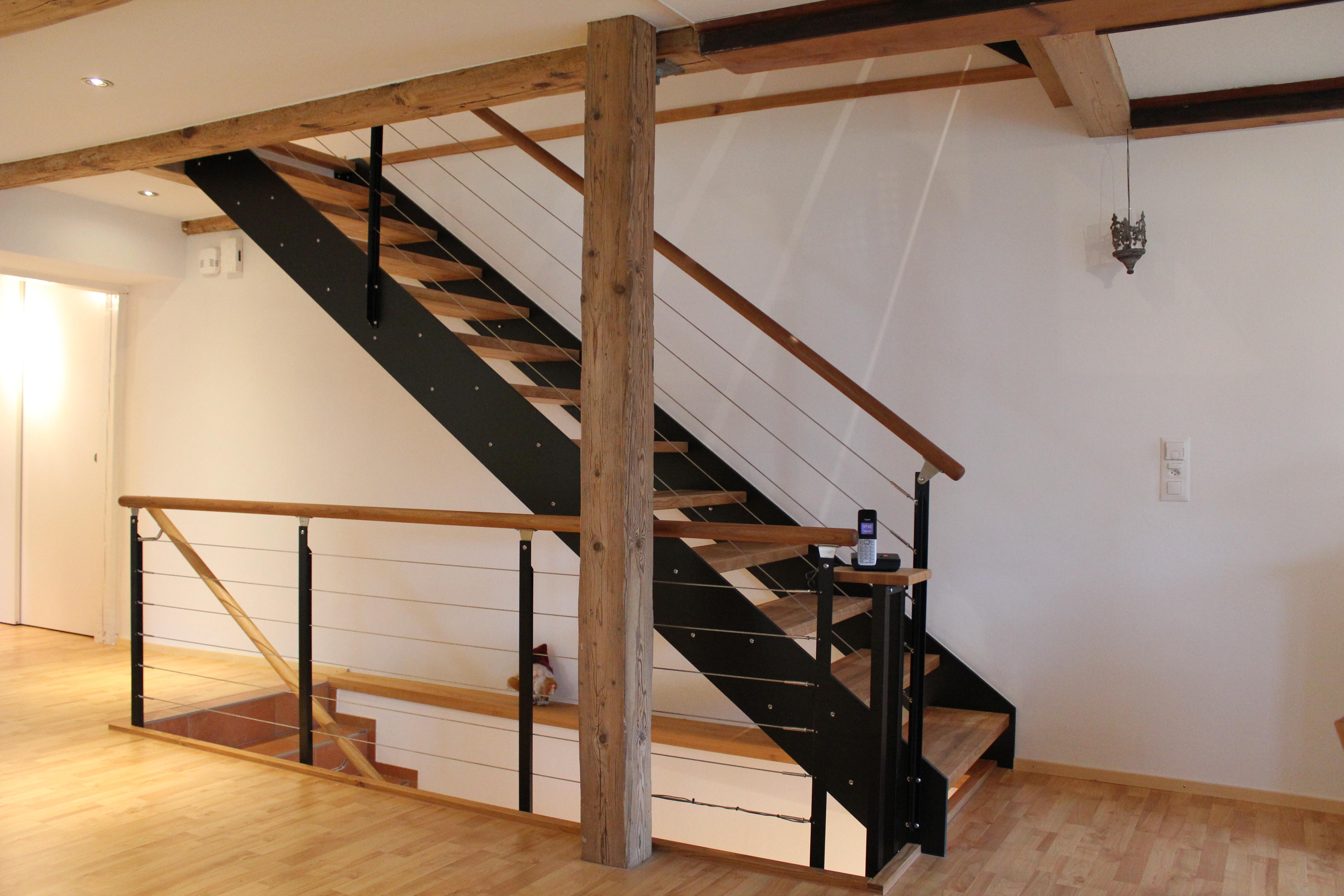 treppen ihr holzhaus von pm mangold holzbau ag. Black Bedroom Furniture Sets. Home Design Ideas