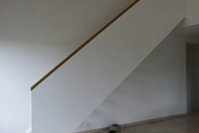 Wanner_Lampenberg_Aufstockung_Holzbau_Elementbau_Umbau_Dachfenster_Holzfassade_Bruestungswangentreppe_Eichenparkett0017