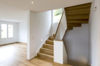 Boden mit Holztreppe - Holzbau - Holzhaus - Holzsystembau - PM Mangold