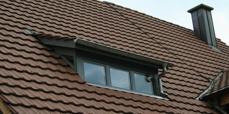 Durch eine rechtzeitige Dachsanierung verhindern Sie Folgeschäden