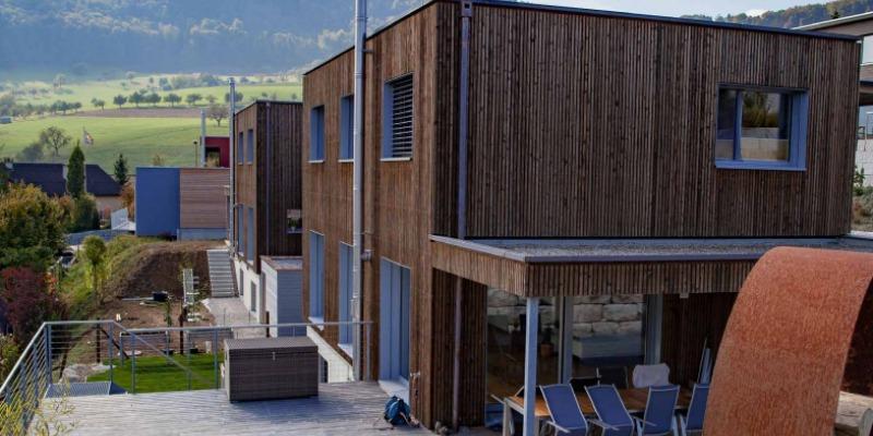 Ein robustes und nachhaltiges Holzhaus in der Schweiz bauen
