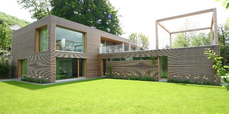 Fertighaus Schweiz: Das sollten Sie beim Bau beachten