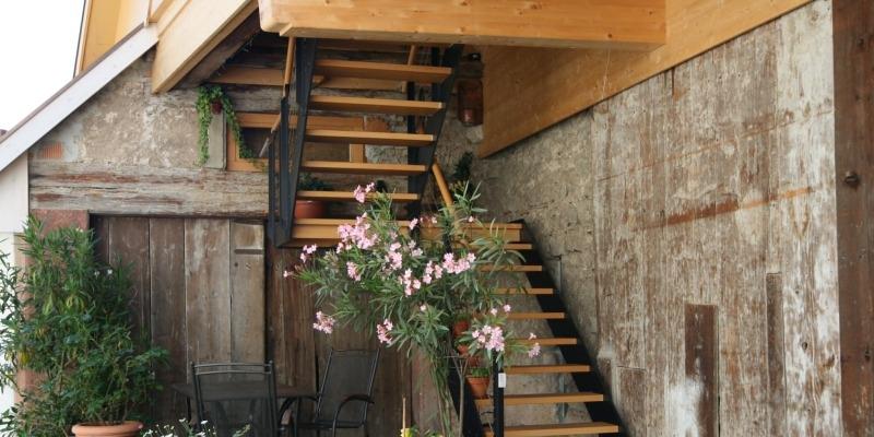 Treppen und Möbel